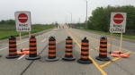 Road closure signs are seen on Franklin Boulevard in Cambridge, near Highway 401, on Tuesday, May 22, 2018. (Dan Lauckner / CTV Kitchener)