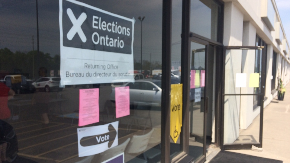 The Elections Ontario returning office in Barrie, Ont. on May 26, 2018 (CTV Barrie)