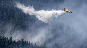 Pilots battle 5,000-hectare fire northeast of Pemberton