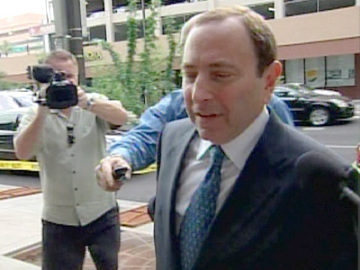 NHL commissioner Gary Bettman enters a Phoenix, Ariz., courtroom for a scheduled hearing into the sale and relocation of the Phoenix Coyote hockey team on Tuesday, June 9, 2009.