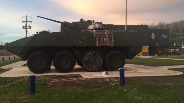 Vandals desecrate Fort McMurray war memorial for Afghanistan vets Image
