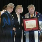 CTV Ottawa anchor Max Keeping receives an honorary degree from Carleton University, Wednesday, June 10, 2009.