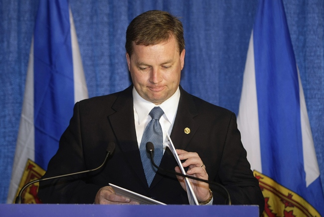 Nova Scotia PC Leader Rodney MacDonald closes his speech notes after speaking at the Mabou Community Centre on Tuesday, June 9, 2009 in Mabou, N.S. (Mike Dembeck / THE CANADIAN PRESS)