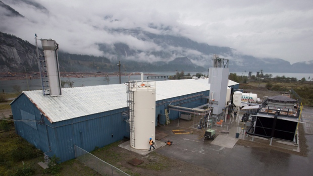 Squamish company says it is sucking carbon from air, making fuel