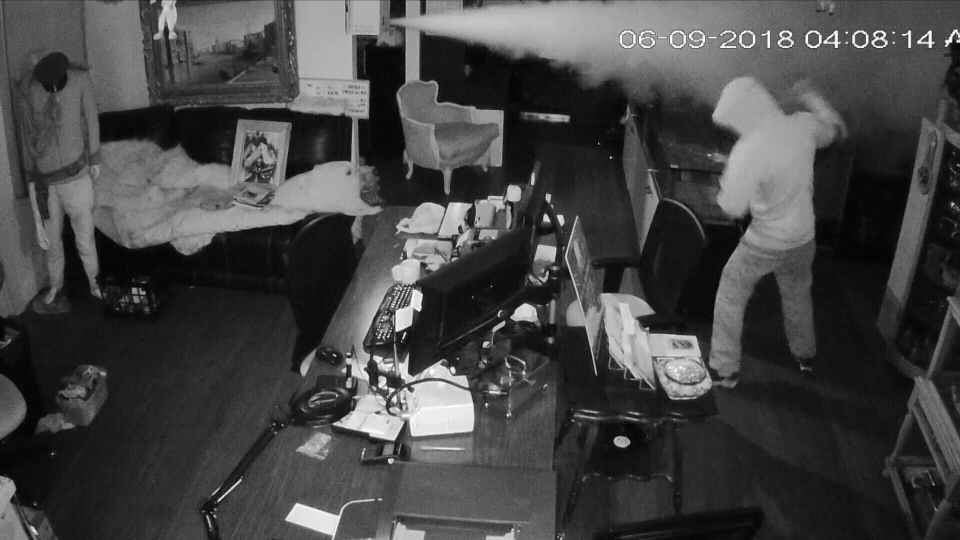 Three thieves used a battering ram to break into an antiques shop in Edmonton, and they were met by a smoke machine inside.