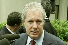 Premiere Jean Charest says the government would be willing to provide a loan of $100 million for a Quebec company to buy the Canadiens. (June 11, 2009)