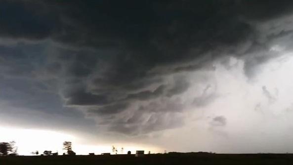 Tornado warning issued for parts of southeast Saskatchewan.