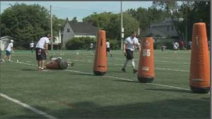 NFL players host free day-camp at U Ottawa