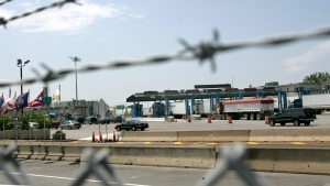 Motorists enter the United States from Canada at the border at the Peace Bridge in Buffalo, N.Y., Tuesday, June 6, 2006. (AP Photo/David Duprey)
