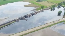 Train hauling Alberta oil derails