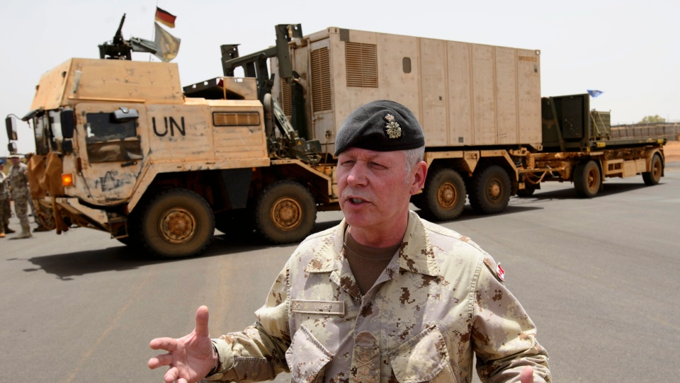 Chief of the Defence Staff General Jonathan Vance arrives with the first Canadian troops at a UN base in Gao, Mali, on Sunday, June 24, 2018. (THE CANADIAN PRESS/Sean Kilpatrick)