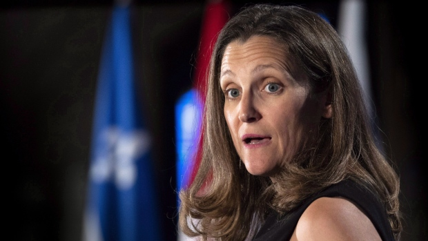 Canada hits back at U.S.  with own tariffs