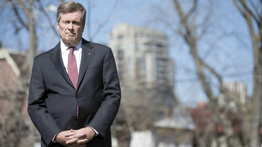 Toronto Mayor John Tory stands in front of the media in Toronto on Tuesday April 18, 2017. (THE CANADIAN PRESS/Chris Young)