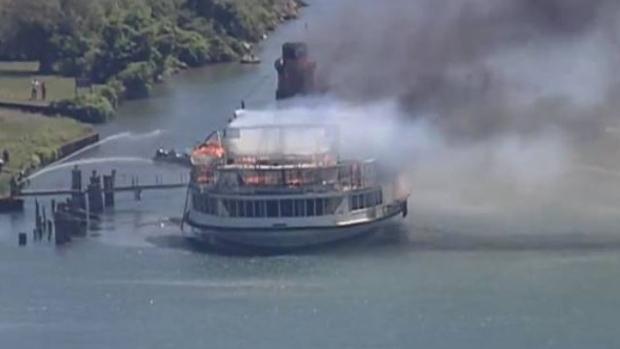 Historic Boblo Island boat burns in Detroit