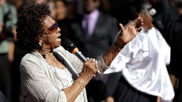 Whitney Houston's Mom Reacts to Claims Her Daughter Was Molested