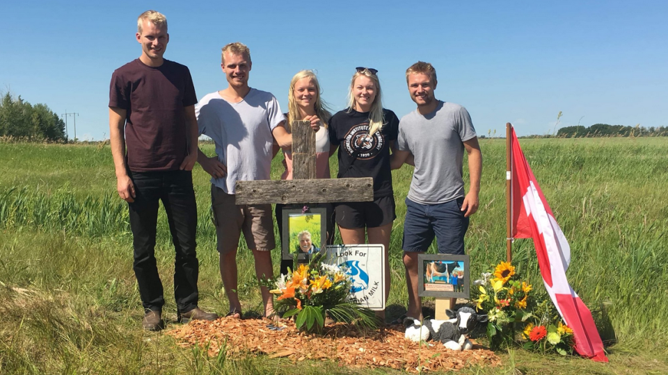The children of Bettina Schuurmans set up a memorial at the crash site in Saskatchewan. (July 12, 2018)