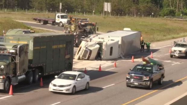 transport truck highway 401 6 ramp