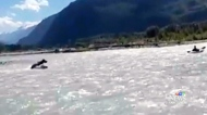 Bear charges at kayaker in river near Squamish, B.