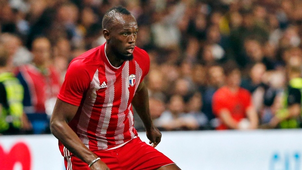 Bolt in talks with A-League side about possible deal