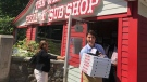 Prime Minister Justin Trudeau stops at Antigonish landmark The Wheel Pizza and Sub Shop on July 17, 2018. (MP Sean Fraser/Twitter)