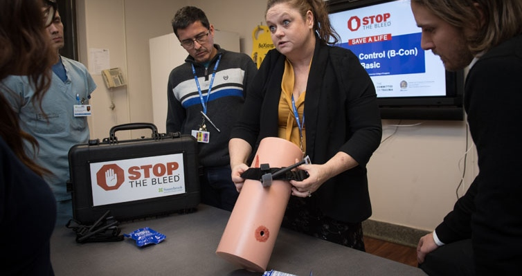 Sharon Ramagnano, Sunnybrook's trauma services manager, delivers Stop the Bleed. (Sunnybrook Health Sciences Centre)