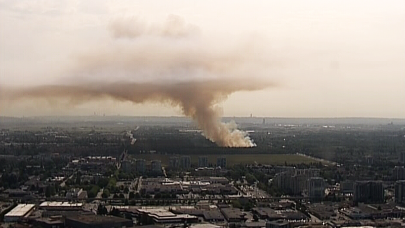 A brush fire burning in Richmond, B.C. sends a huge plume of smoke over the region. (CTV/Chopper 9)