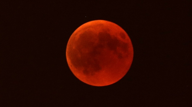 red moon montreal - photo #36
