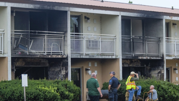 Mother and 5 kids killed in MI motel fire