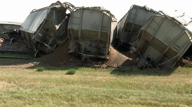 Ten CP Rail cars carrying canola derailed