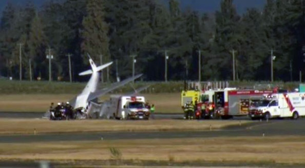 A plane crashed at an airshow in Abbotsford, B.C. (Penny Daflos / Twitter)