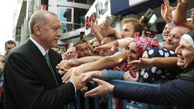 Turkish president: United States set deadline to release detained pastor