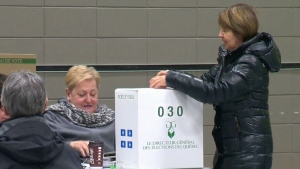 Elections Quebec goes on hiring spree before election | CTV News