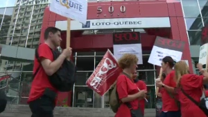 Four hundred and fifty employees belonging to the union of professional government workers (SPGQ) previously staged a walkout from July 20 to 23.