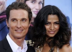 Matthew McConaughey and Camila Alves arrive at the premiere of 'Ghosts of Girlfriends Past' in Los Angeles, April 27, 2009. (AP / Chris Pizzello)