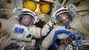 Cosmonauts Oleg Artemyev and Sergey Prokopyev prepare for their spacewalk (Source: Oleg Artemyev / Twitter)