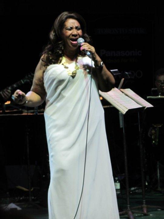 Aretha Franklin performs at the TD Toronto Jazz festival, June 24, 2011. (Credit: Ivar de Laat)