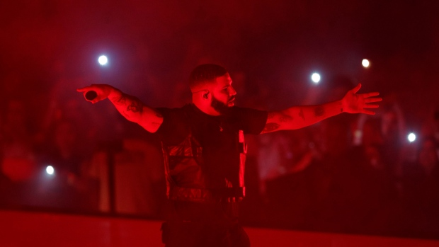 "Drake performs during the ""Aubrey & The Three Amigos Tour"" in Toronto, Tuesday Aug. 21, 2018. (THE CANADIAN PRESS/Mark Blinch)"