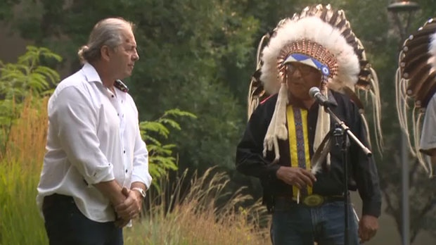 Bret The Hitman Hart Honoured With Special Blackfoot