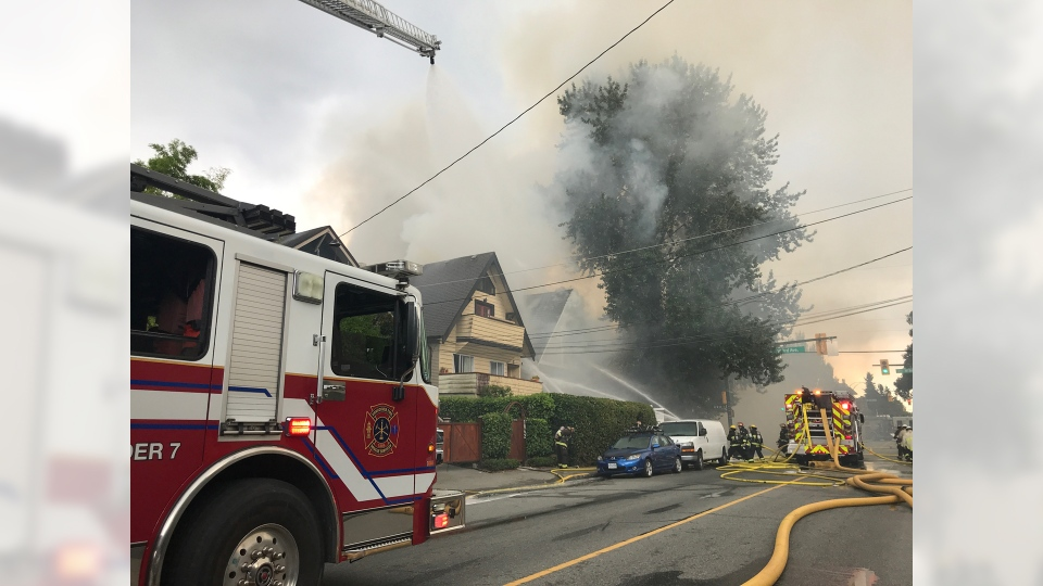Firefighters respond to a fire in Kitsilano on Thursday, Aug. 23, 2018. (Shelley Moore / CTV Vancouver)