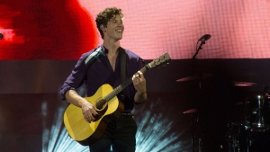 Shawn Mendes performs at the iHeartRadio MMVAs in Toronto on Sunday, Aug. 26, 2018. THE CANADIAN PRESS/Christopher Katsarov