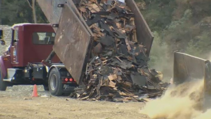 A truck dumps waste at the Hartland Landfill facility in Greater Victoria. Aug. 30, 2018. (CTV Vancouver Island)