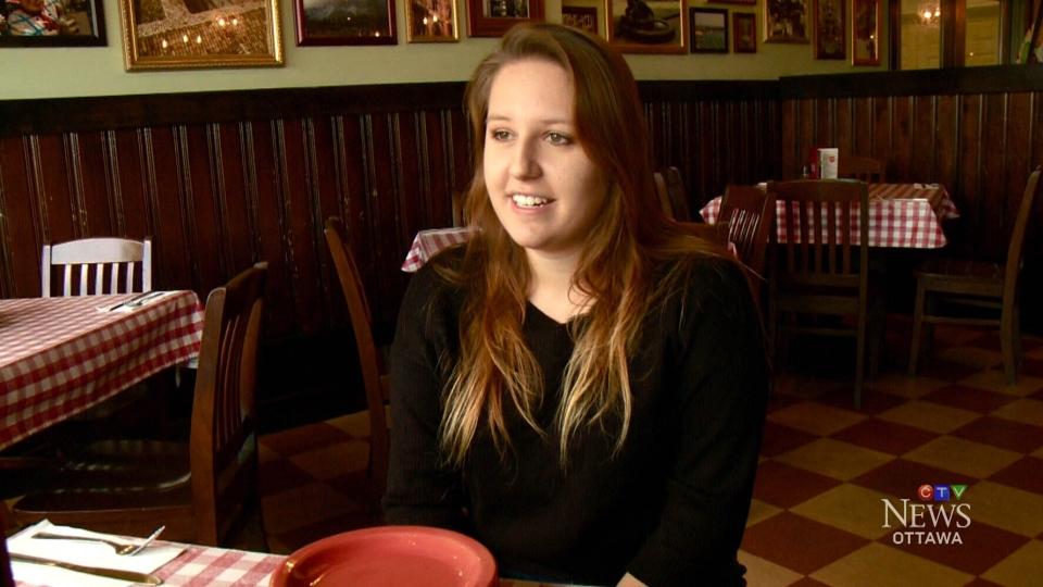 Daniejela Memetaj, 21, received a $1,000 tip at an East Side Mario's restaurant in Arnprior, Ont.