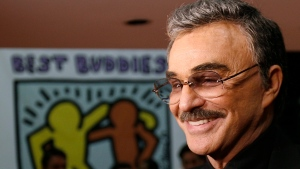 Actor Burt Reynolds arrives for the Best Buddies Awards Gala where he is being recognized with a lifetime achievement award for his decades of children's charity work, at the Toronto International Film Festival on Monday, Sept. 10, 2007 (CP PHOTO/J.P. Moczulski)