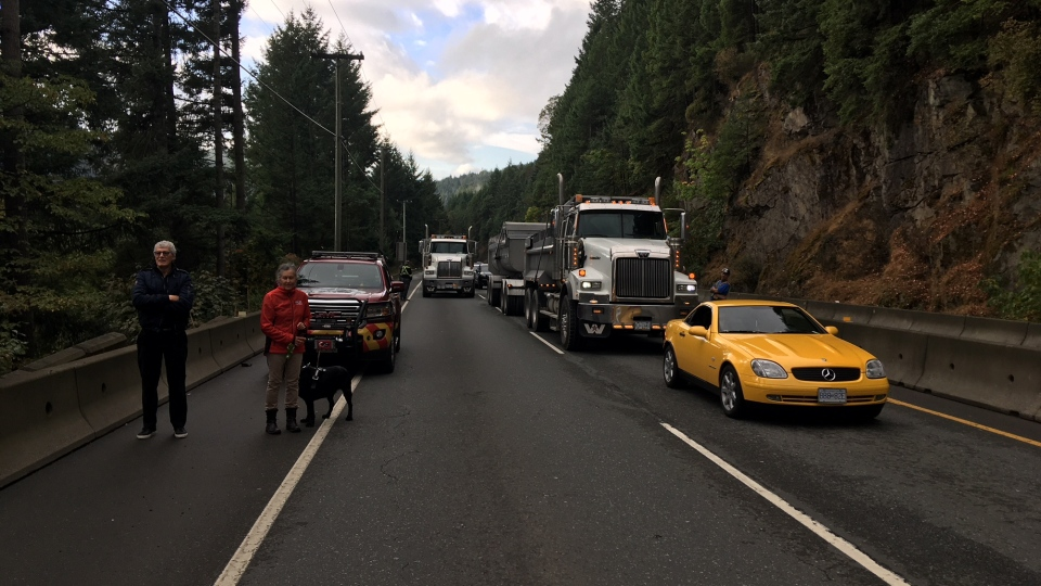 Falling rocks strike vehicle, shutting down Malahat Highway