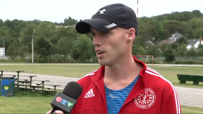 Cape Breton man who wants to be a pastor set a record in the Cape Breton Fiddlers Run by completing the marathon in two hours, 33 minutes and 34 seconds.