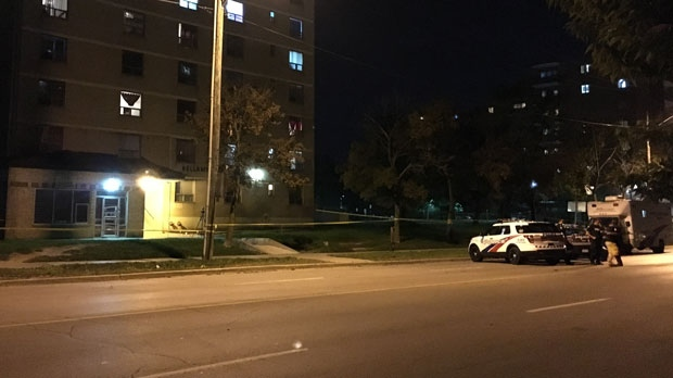 Police are investigating after a male victim was fatally shot in Scarborough, Ont. (Leena Latafat)