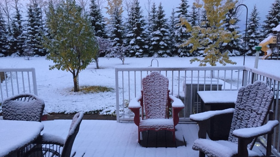 Dwight Pomedli from Wadena, Saskatchewan posted this scene on Twitter on the first day of autumn. (Courtesy of @DPomedli/Twitter)