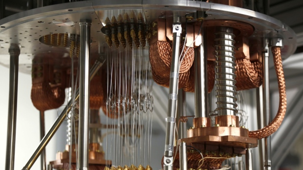 Time moves backwards on quantum computer