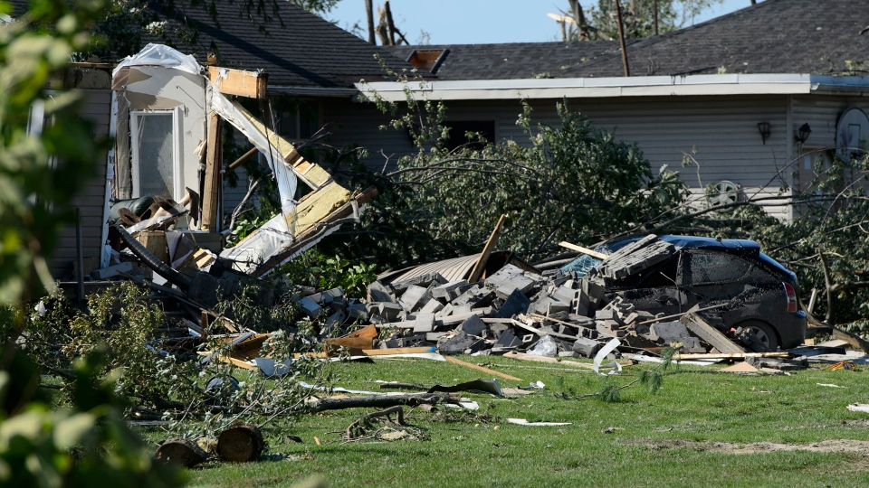 Damage from a tornado is seen in Dunrobin, Ont. west of Ottawa on Monday, Sept. 24, 2018. (THE CANADIAN PRESS/Sean Kilpatrick)