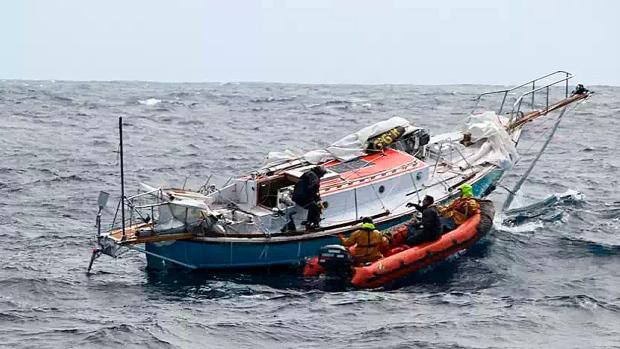 Abhilash Tomy boat race